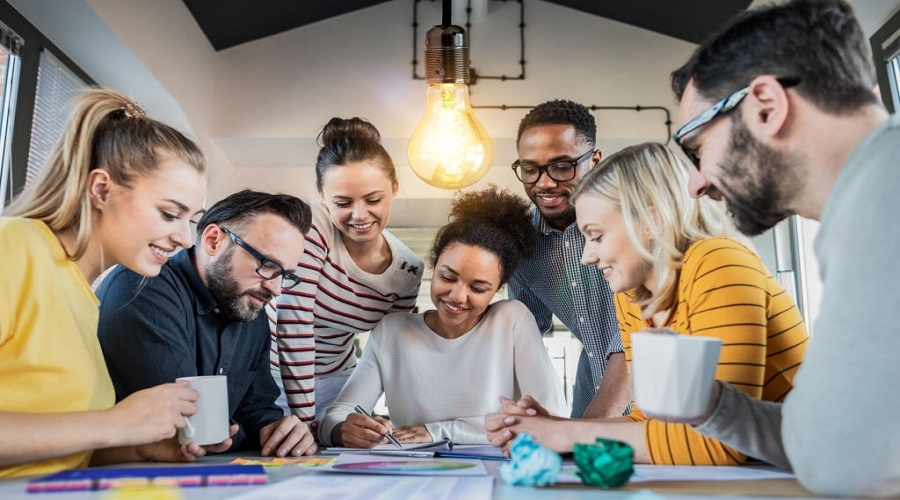 How to Increase Employee Engagement on Social Media